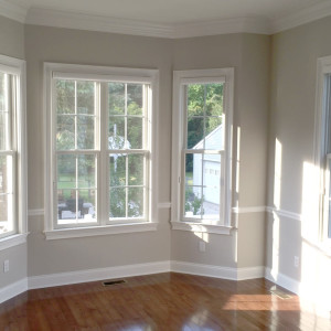 Breakfast Nook with Ample Natural Lighting and Hardwood Floors